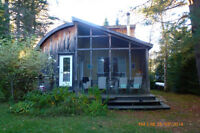 Laurentides:charming country cottage / charmant chalet