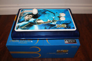 Madcatz Official Super Street Fighter IV TE Fight Stick