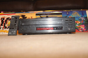 Yamaha Natural Sound CD CDV LD Player CDV-1700 + Laserdics