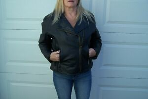 Ladies Black Leather Biker Style Jacket XS