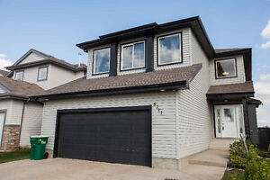 Beautiful home in Morinville