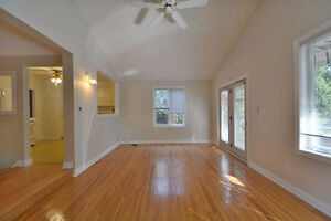 Spacious Bungalow In Burlington for  rent Oakville / Halton Region Toronto (GTA) image 4