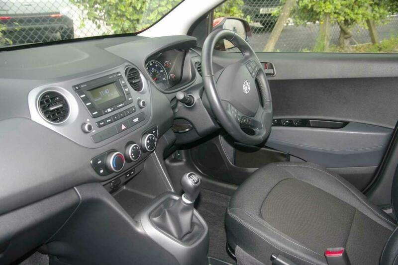 2019 Hyundai i10 1.0 SE 5 Door Hatchback Petrol Manual