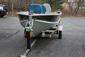 boat, motor , trailer,  ready to go !