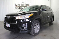 2015 Toyota Highlander LE AWD Convenience Package 8-Passenger!