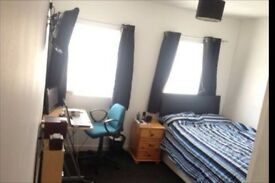 Double room close to Liverpool city centre