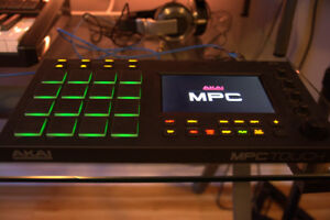 AKAI MPC TOUCH LIKE NEW