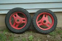 Scooter rims with tires