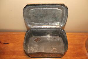 Vintage Huntley & Palmers Biscuit Tin - Children London Ontario image 8