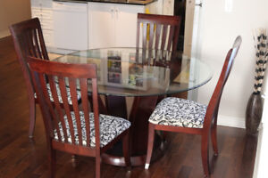 Excellent Glass Dining Table & 4 Wood Chairs