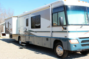 2004 Winnebago Itasca Suncruiser Class A Motorhome for Sale