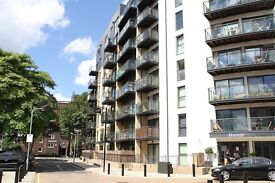 2 bed / 2 bath modern well appointed apartment
