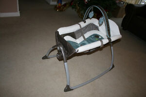 Couffin Little Lounger Graco