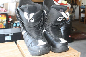 Burton True Fit Size 6 Snow Board Boots Strathcona County Edmonton Area image 2