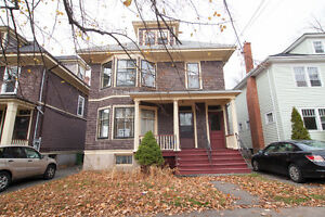 ROOMS TO RENT NEAR DALHOUSIE FOR JAN 1ST