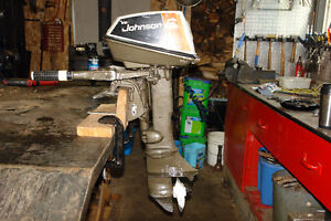 MOTEUR JOHNSON 6 HP 2 TEMPS,2 CYLINDRES