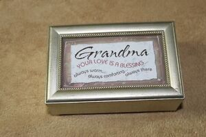 Music Box For Special Grandma or put your own picture in lid