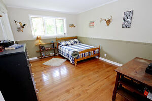 Beautiful Country Estate with Accessory Dwelling Cornwall Ontario image 7