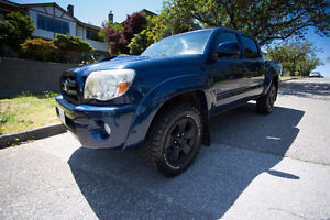 2008 Toyota Tacoma - Pre Runner Sport Double Cab
