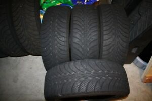 245/65/17 goodyear ultra grip /ice utilise 1 hiver used 1 winter