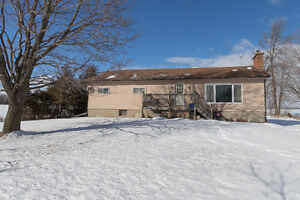 OPEN HOUSE Sunday Feb 5 2-4pm - just outside of Lindsay