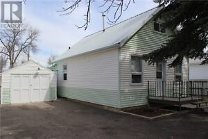 Two Bedroom House - Claresholm