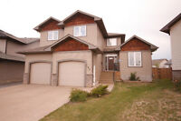 Stunning Home with Space to Stretch out in - Timberlea Area