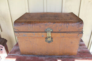 Old Painted Tin Settler's Trunk - Courtland, Norfolk County