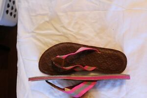 Womens Shoes size 6 Windsor Region Ontario image 1