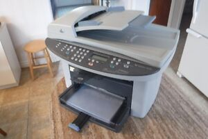 imprimante laser HP, scan, fax, parfaite condition