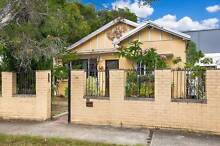 $550 GRANNY FLAT 4 BEDROOM FOR RENT IN HOMEBUSH!!~ Homebush West Strathfield Area Preview