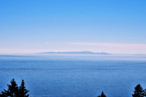 NEW LISTING: Gorgeous Home with Ocean Views in White Rock