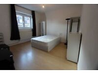 LARGE BEDROOM MINUTES AWAY FROM DENMARK HILL STATION