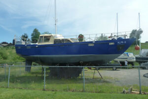 Excellent Blue water ship or live aboard