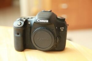 Canon 7D camera and 17-55 f2.8 lens package. Low shutter count.