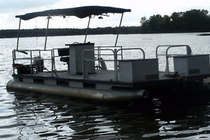 20' pontoon with 25hp. 2 stroke