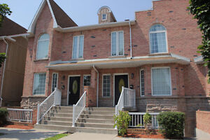 In Transit, Seeking a Fully Furnished Home With all Amenities?