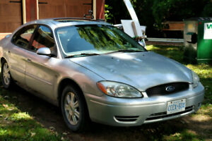 2004 Ford Taurus as is