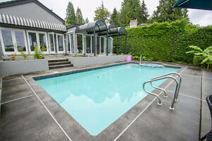 $12500(ORCA_REF#1720O)LUXURIOUS Ambleside mansion North Shore Greater Vancouver Area image 1