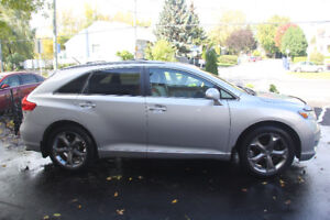 2010 Toyota Venza Trailer Hitch, Roof & Bike Rack, Winter Tires