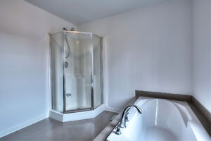 NEW PRICE  Ile Perrot (15 min to West Island) Flexible occupancy West Island Greater Montréal image 14