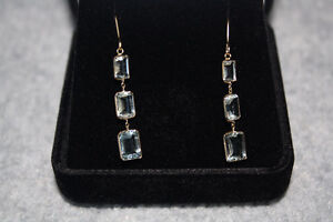 Yellow Gold 14k Stamped Drop Earrings with Aquamarine Stones