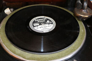 Antique Edison Diamond Disc Payer and Records, Man Cave Quality London Ontario image 6