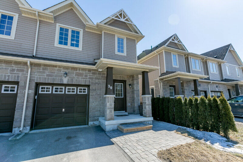 TOWNHOUSE FOR RENT in Wasaga Beach (available July 3rd ...