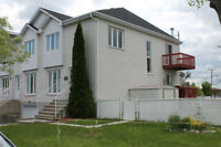 Gouin Blvd unobstructed river view 3 storey,Thermopump,Central v