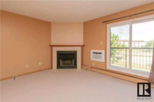 3 bedroom condo in Linden Woods Village- move in special!