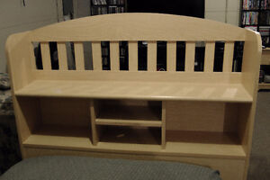 5 piece bedroom set for twin sized bed.