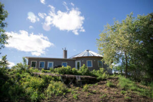 SMITHS FALLS COTTAGE RENTAL AVAILABLE THIS SPRING AND SUMMER!