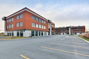 Bureaux professionnels à louer situés à Laval