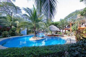 Piña Picante - awesome pool, 4 min. walk to beach